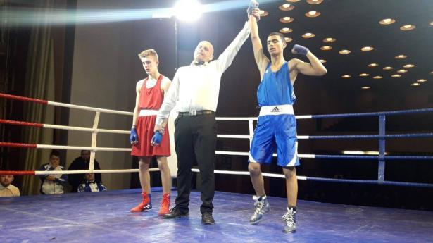 الملاكم صافي شعبان من اللد يحصد الميدالية الذهبية ببطولة