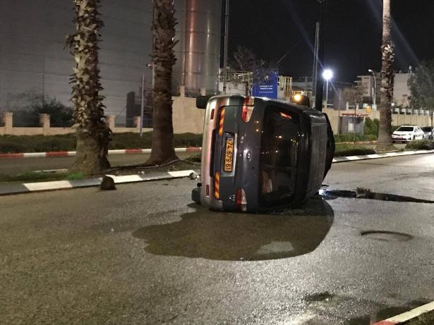 عكا: حادث سير واصابة السائق بجروح خطرة