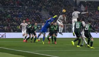 يوفنتوس يهزم ساسولو بثلاثية ويبتعد في صدارة الدوري الإيطالي