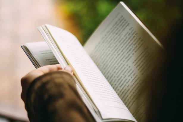 خبر سار لمحبي القراءة، 10 آلاف كتاب بإنتظاركم!