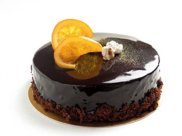 كيك البرتقال بالشوكولاتة