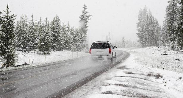 نصائح ذهبية لقيادة آمنة في الشتاء