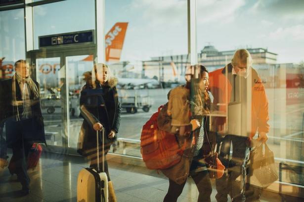 أسرار السفر بثقة مهما كانت وجهتك