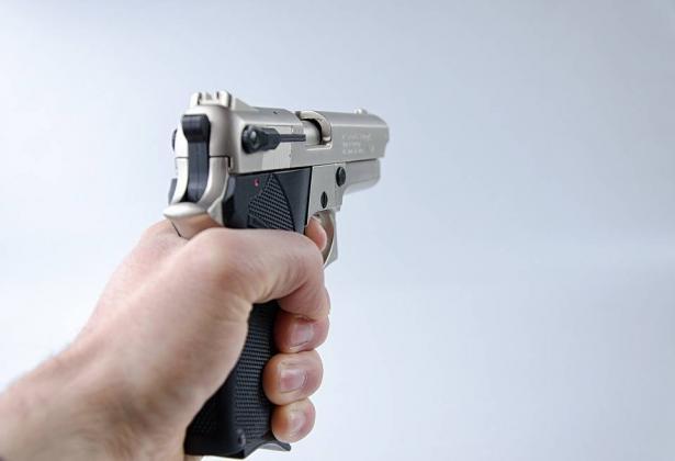 البعنة: إطلاق نار باتجاه محل تجاري  والمشتبهون معروفون