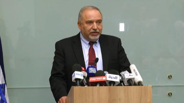 ليبرمان: نتنياهو رفض خطة لاغتيال قادة حماس والجهاد بغزة