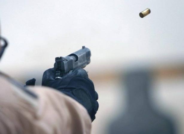 مراسلة الشمس: مجهولين اطلقوا وابلًا من الرصاص باتجاه رجل أعمال من قلنسوة