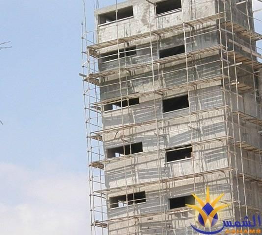 سقوط 3 عمال عن ارتفاع في ورشات بناء مختلفة