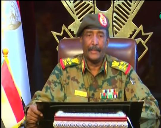 السودان: رئيس المجلس العسكري الانتقالي يعد بـ