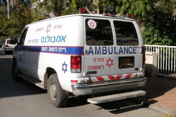 حادث طرق قرب مفرق ابثان يتسبب باصابة سيدة بجراح متوسطة
