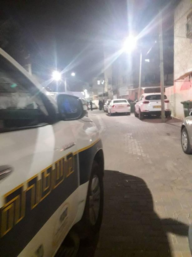 تعرض قاصر من الناصرة لاعتداء بآلة حادة، وإطلاق نار بيافة