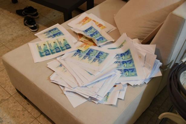 حملة اعتقالات واسعة في البلاد بشبهة تزوير أوراق نقدية وترويجها