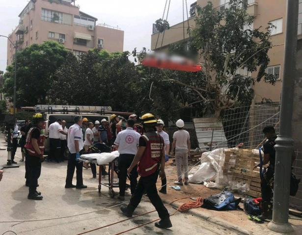 حوادث العمل بورشات البناء لا تتوقف! سقوط عامل عن ارتفاع 4 أمتار في ريشون لتسيون