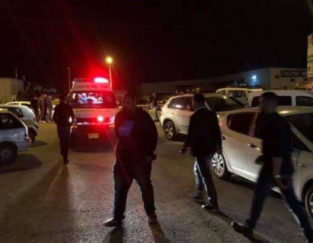 قلنسوة: اطلاق نار واصابة شخصين داخل مقهى الليلة الماضية