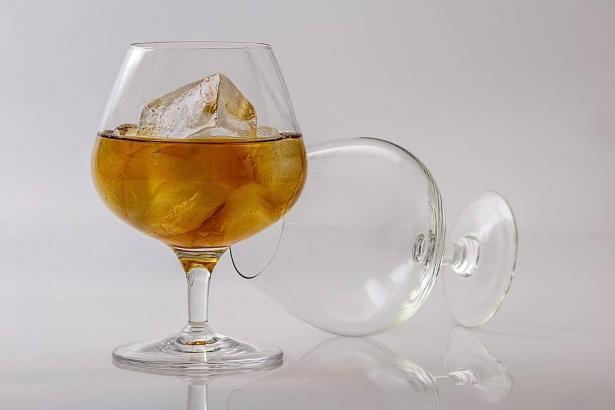 اكتشاف خطر جديد لتناول الكحول في سن المراهقة