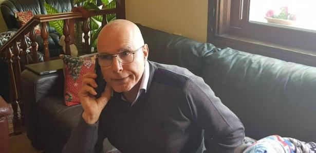 استنكار واسع للاعتداء على بيت مدير الاسقفية الثانوية في شفاعمرو المربي فاروق فرهود