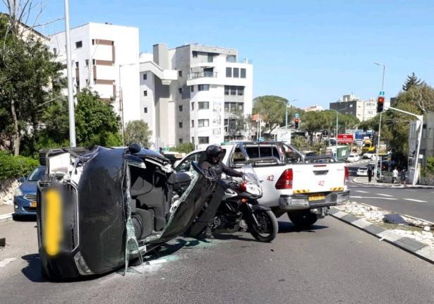 تخليص عالق جرّاء حادث طرق في حيفا