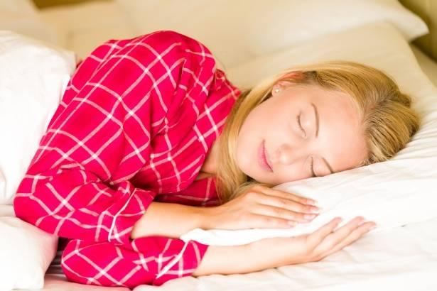 6 خرافات عن النوم