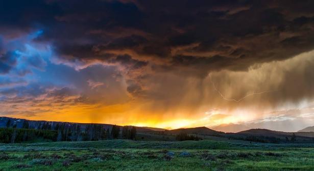 الطقس: انخفاض وغبار اليوم وأمطار غداً مساءً