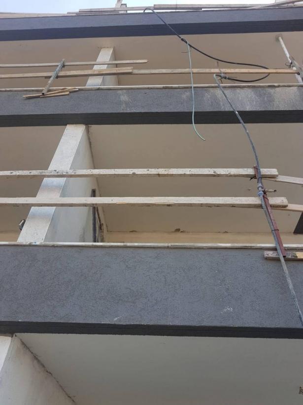 اصابة حرجة لعامل جراء سقوطه عن ارتفاع 8 امتار بورشة بناء في كريات جات