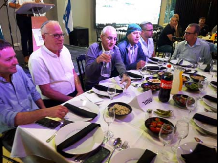 ابو مديغم للشمس: الافطار بمشاركة اريئيل مُذّل، لا يُعقل أن يهدم بيوتنا ويشرد السكان ثم نجلس معه على مائدة واحدة