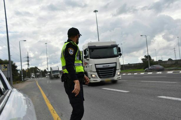 الشرطة تحرر 4600 مخالفة سير نهاية الأسبوع الماضي