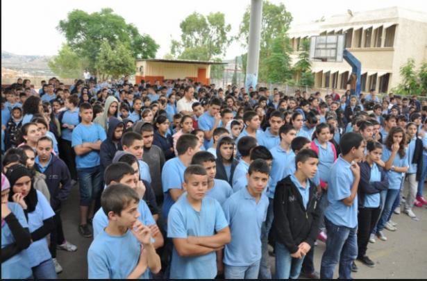كيف نجحت مدرسة الكروم بتذويت اهمية اللغة العربية والقراءة لدى طلاب المدرسة؟ الشمس تحاور الأستاذ حسن خطيب