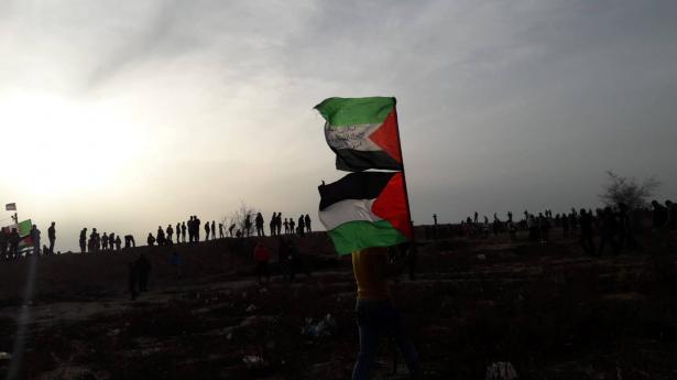 مسيرات العودة في غزة  مستمرة، ووفد امني مصري يصل لبحث تطبيق التفاهمات