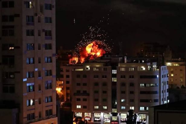 معاريف: التصعيد بغزة سيتواصل لأيام وصعوبة بالتوصل لتهدئة