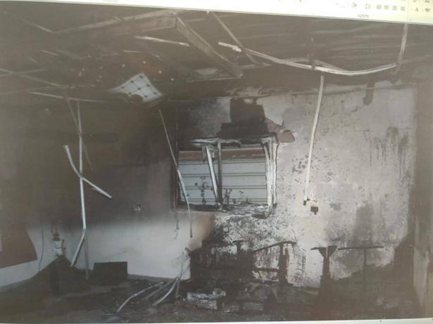اعتقال شاب من العزازمة لضلوعه باضرام النار بمنزل والتسبب باختناق نساء ورضيع