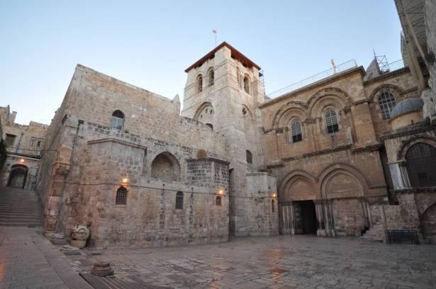 ابو نصار للشمس: اتفاق بين كنائس القدس الثلاثة على ترميم كنيسة القيامة