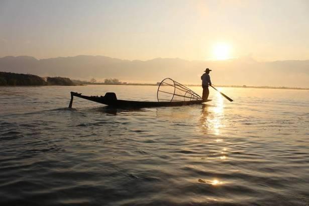 سامي العلي للشمس: قرار تعويض الصيادين يحقق جزءًا بسيطًا من أهدافهم والنضال مستمر