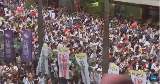 نير للشمس: احتجاجات ضخمة تعم هونج كونغ تنديدًا بقانون يسمح بتسليم المُجرمين إلى الصين