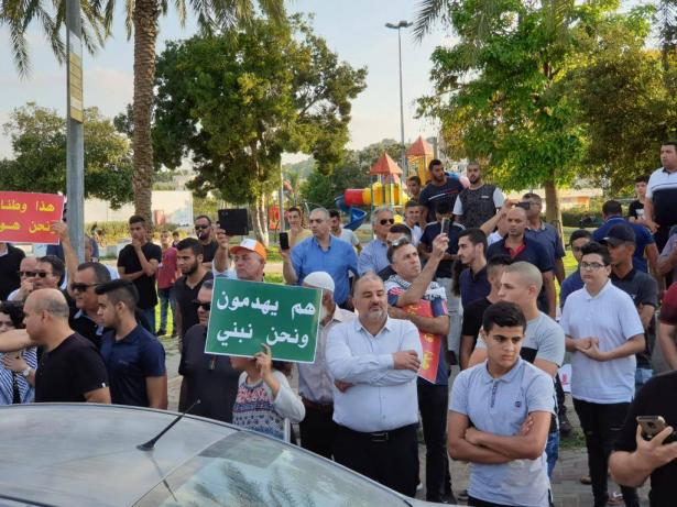 د.عازم للشمس: قضية هدم البيوت هامة تستحق من المواطنين العرب الوقوف صفًا واحدًا