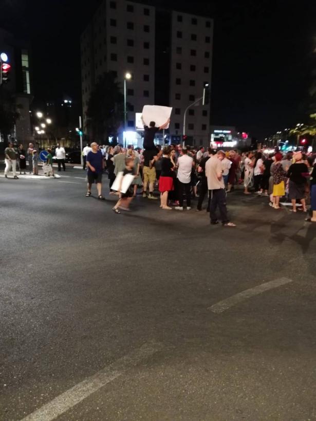 ابو شريقي للشمس: وجود الشرطة باللد لحماية سكان النواة التوراتية في الأحياء العربية