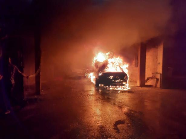 مجهولون يضرمون النار بسيارتين في مجد الكروم، ثورة اسماعيل للشمس: