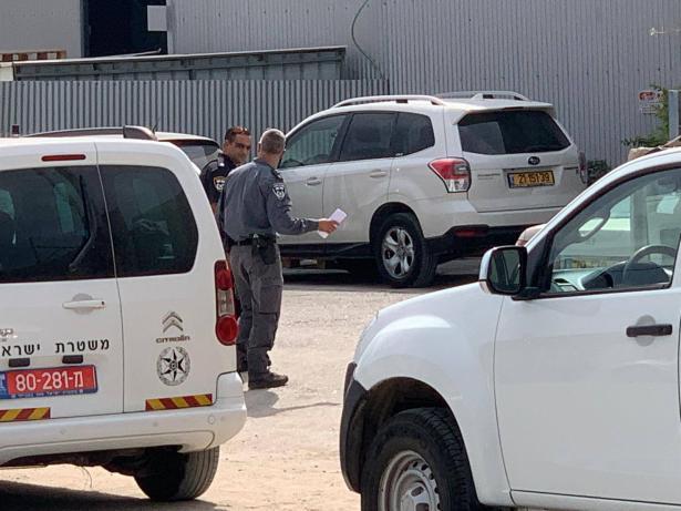 كفر قاسم: الشرطة تنتشر في المنطقة الصناعية لتنفيذ اوامر هدم محلات تجارية