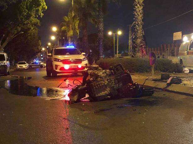 حادث دامي في اشكلون يسفر عن مصرع فتاة و 3 اصابات خطرة