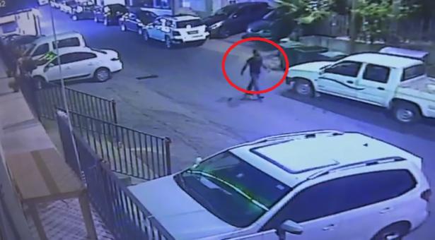 شاهد: سرقة سيارة في سخنين وصاحبها يطالب الجمهور بالتعرف على السارق