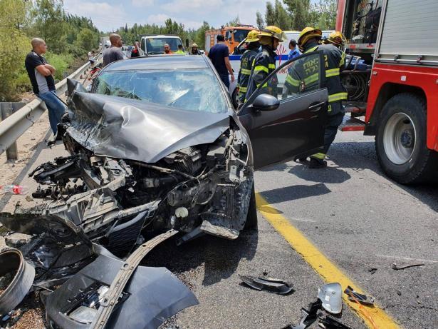 اصابة خطيرة لسيدة من المزاريب جراء حادث مروع باتجاه يافة الناصرة