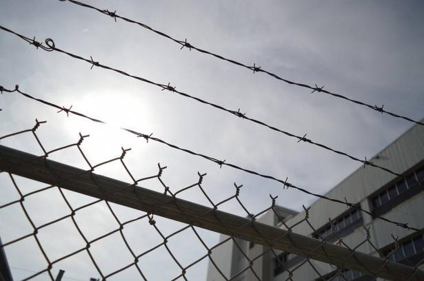 المحامي محمود حسّان يكشف للشمس معلومات جديدة عن التعذيب الذي تعرض له الأسير سامر العربيد بعد زيارته في المستشفى: