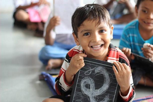 الشمس تطرح اهمية النظافة الشخصية للأطفال ودورها في منع انتقال الأمراض بينهم