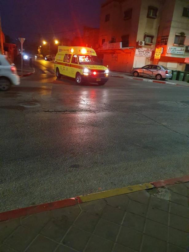قلنسوة تشهد ليلة عنيفة: اصابة شخص باطلاق النار، والقاء قنابل تجاه منازل