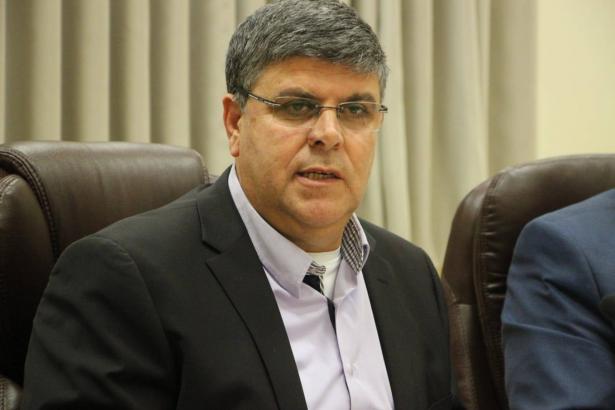ياكير للشمس: إلغاء عرض تامر نفّار يعتبر قمعًا ورئيس بلدية أم الفحم يشبه الوزيرة ريجف