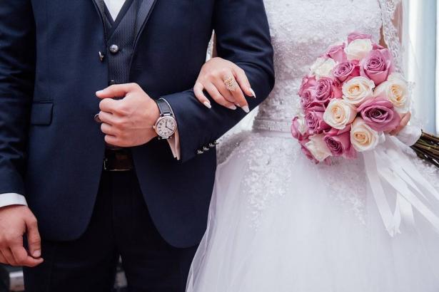 عثرات وتحديات سنة اولى زواج وكيف يواجهها الزوجان. سماح سعدي تتحدث للشمس