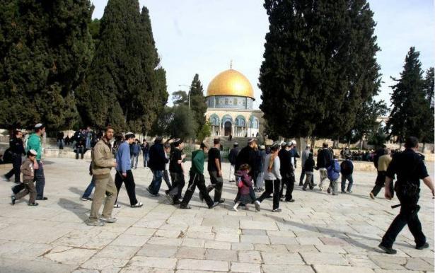 الخارجية الفلسطينية: استغلال الأعياد اليهودية لتنفيذ مخططات تهويدية يقود الى حرب دينية