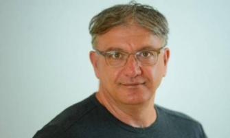 د. رائف زريق لاذاعة الشمس: جانتس لا يراهن على حكومة اقلية