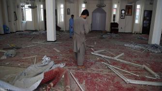أكثر من 60 قتيلاً في انفجار بمسجد شرقي أفغانستان