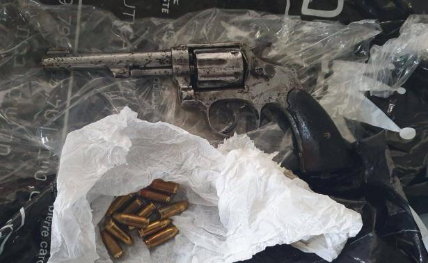 قلنسوة: الشرطة تكشف مخرطة لتصنيع الأسلحة وقطع الأسلحة