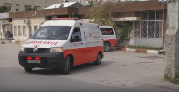 اصابة 13 طفلا جراء انقلاب حافلة في منطقة بيت لحم