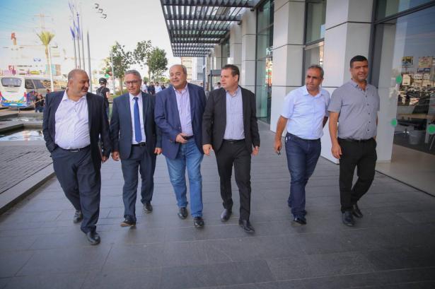 انطلاق إجتماع النواب العرب مع وزير الأمن الداخلي وقيادة الشرطة